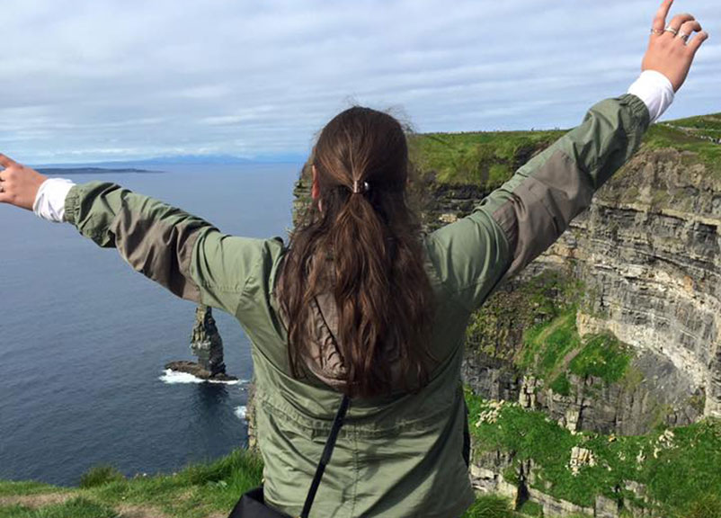 Meaghan Leary '17, Curry College student in Ireland