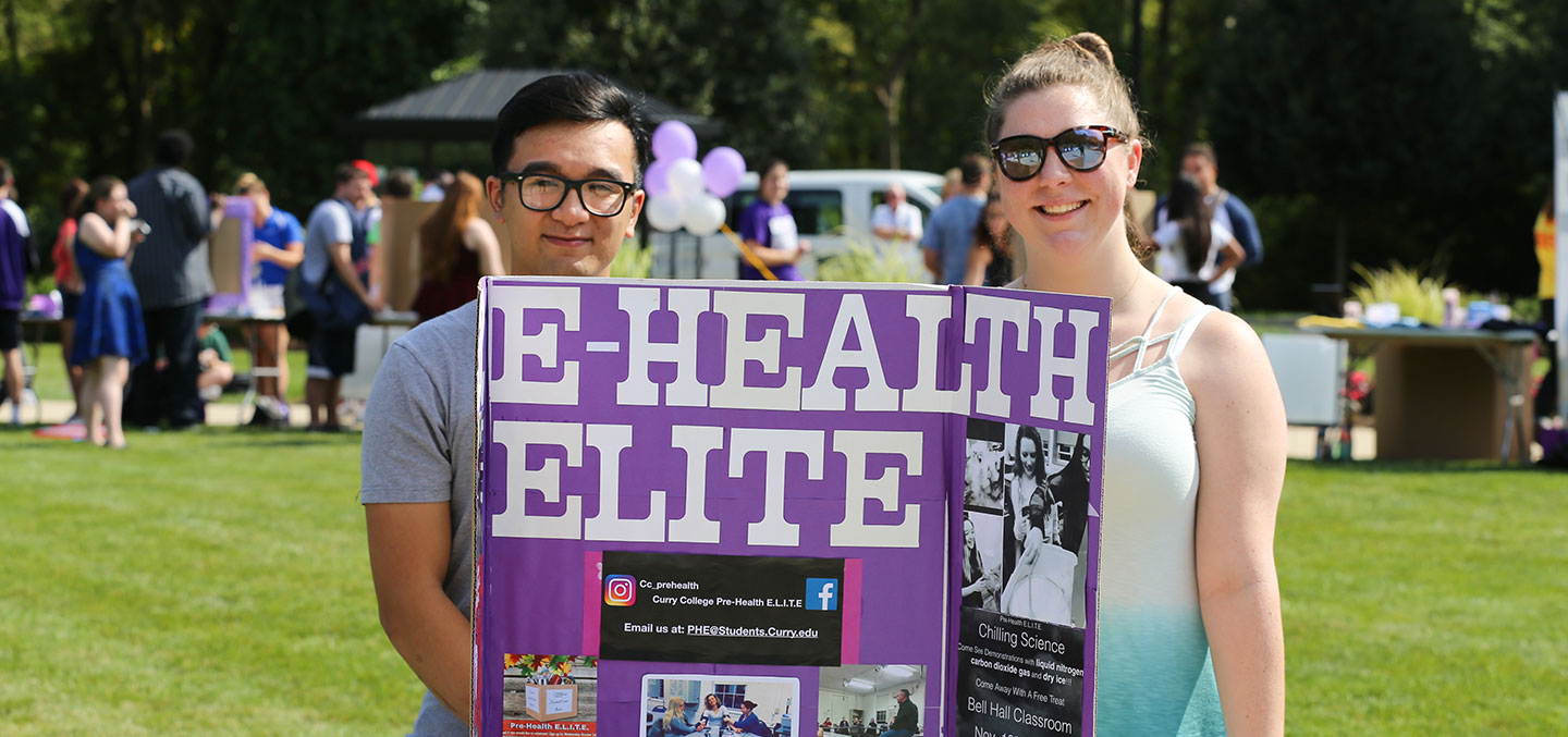 Pre-HEALTH Elite members at the Student Involvement Fair