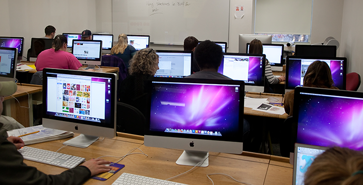 An iMac-filled classroom